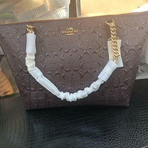 NWT Coach Ava Chain Tote Bag Patent Leather